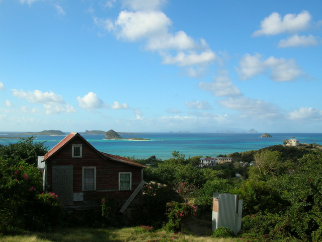 Tiny Islands in the Caribbean For You to Explore 2