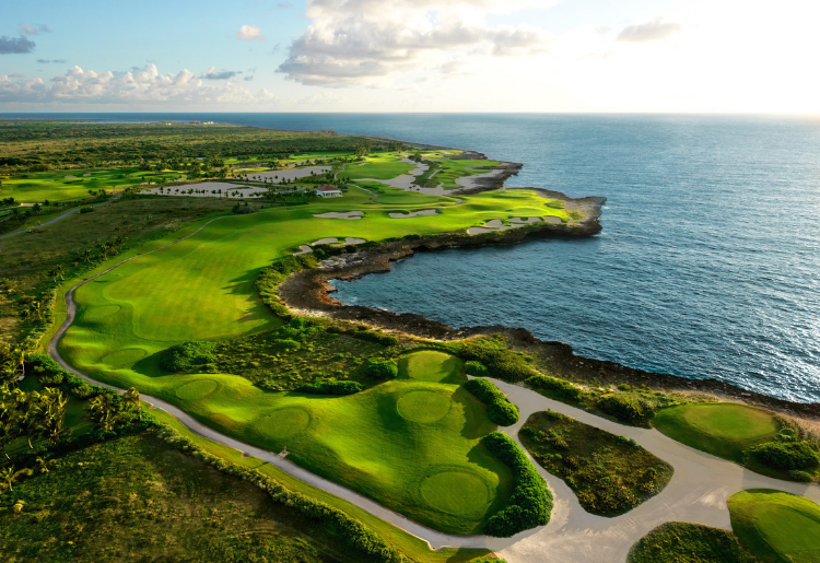 Creative Niche Vacations in the Caribbean - Golf - Dominican Republic - Foodica