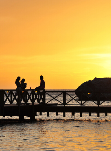 Endless Caribbean - 10 Ways To Capture Stunning Caribbean Sunsets With an Ordinary Camera 5