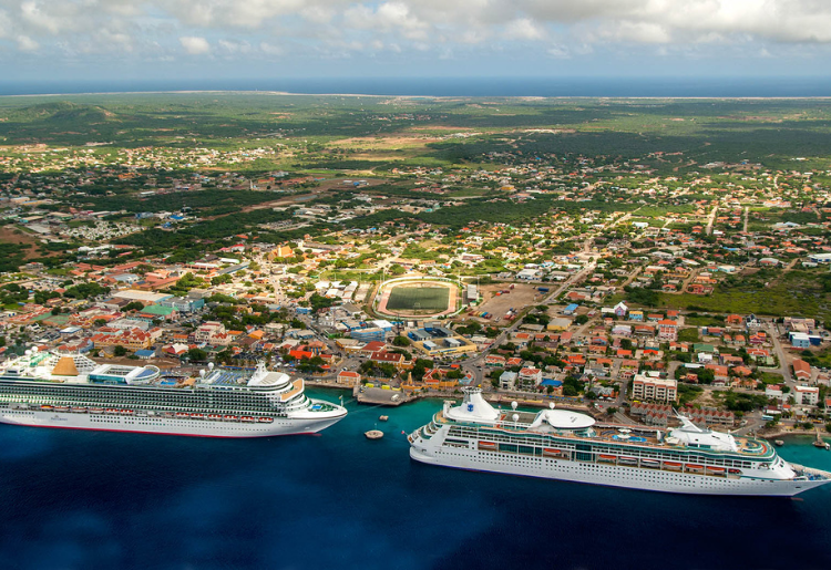 Endless Caribbean - Bonaire Welcomes First Cruise Ship After 18 Months